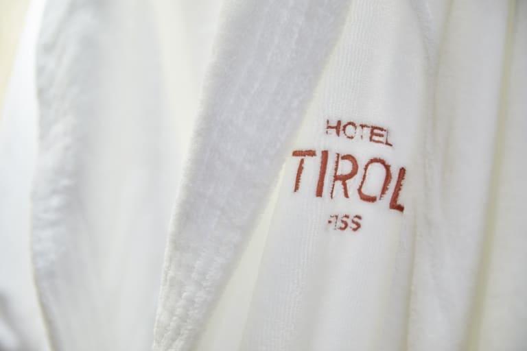 Hotel Tirol Fiss Logo Aufdruck
