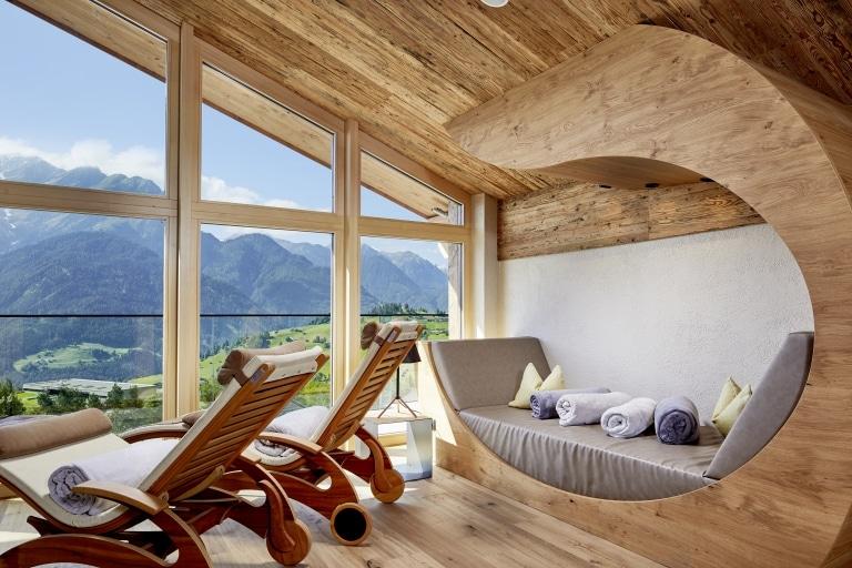 Entspannungsbereich mit Ausblick