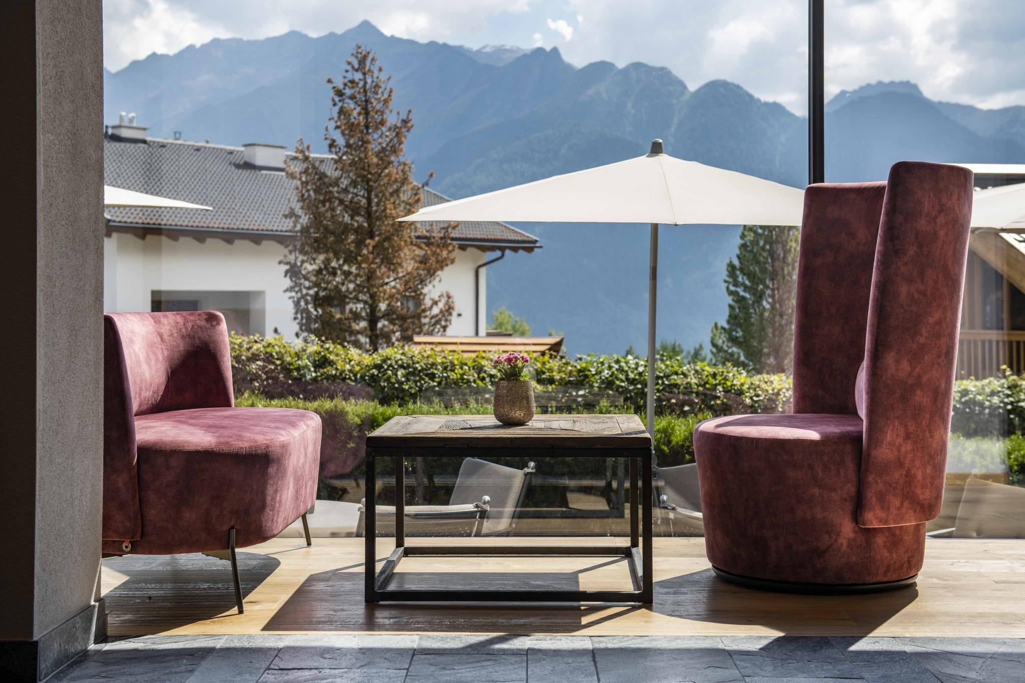 blick-auf-lounge-terrasse